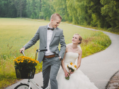 Östersundom and Stansvik Kartano Wedding: Sofia + Markus